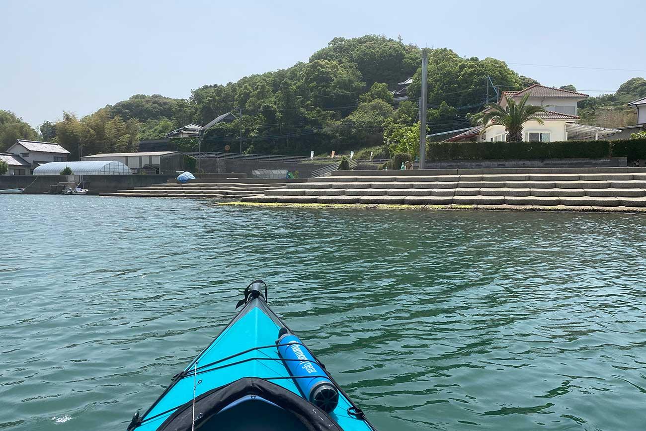 大串湾の小さな港へもどってくる。